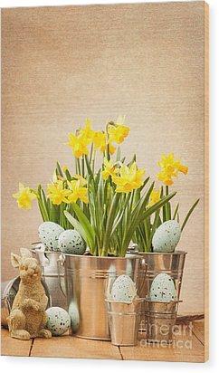 Easter Setting Wood Print by Amanda Elwell