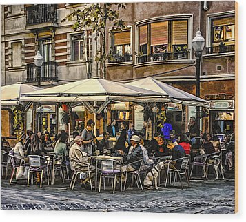 Wood Print featuring the photograph Eating Out In Barcelona by Brian Tarr