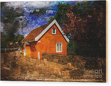 Edvard Munch's House Wood Print by Randi Grace Nilsberg