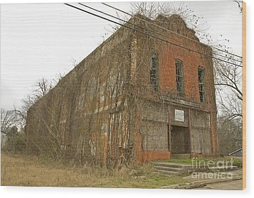 Edwards Store Wood Print by Russell Christie
