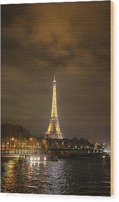 Eiffel Tower - Paris France - 011340 Wood Print by DC Photographer