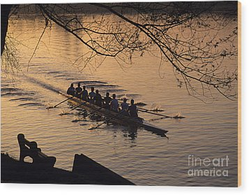 Eight Man Crew Rowing Along Montlake Cut  Wood Print
