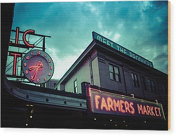 Eight Thirty Four At The Farmers Market Wood Print by Brian Xavier