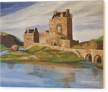 Eilean Donan Castle Wood Print by Christy Saunders Church