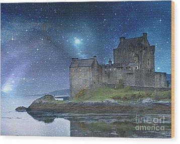 Eilean Donan Castle Wood Print by Juli Scalzi