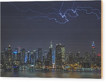 Electrifying New York City Wood Print by Susan Candelario