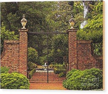 Elizabethan Gardens Wood Print