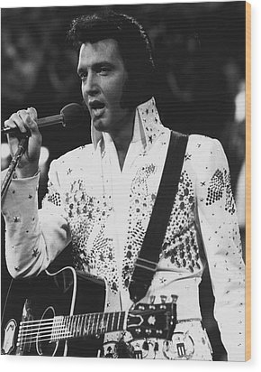 Elvis Presley Singing Wood Print by Retro Images Archive