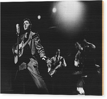 Elvis Presley Playing Hard  Wood Print by Retro Images Archive