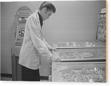 Elvis Presley Playing Pinball 1956 Wood Print by The Harrington Collection