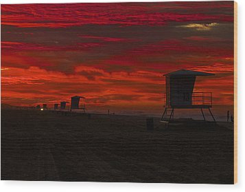 Wood Print featuring the photograph Embers Of Dawn by Duncan Selby