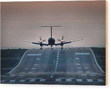Embraer 120-er Wood Print by James David Phenicie