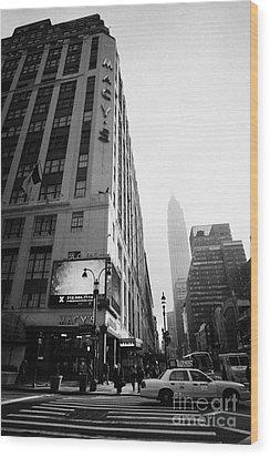 Empire State Building Shrouded In Mist As Pedestrians Crossing Crosswalk On 7th Ave New York Wood Print by Joe Fox