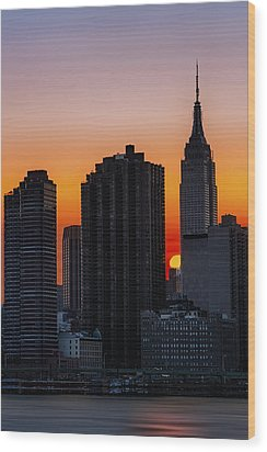 Empire State Building Sunset Wood Print by Susan Candelario