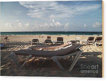 Empty Chair Wood Print by John Rizzuto