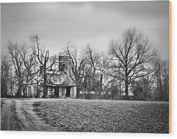 End Of The Road Farmhouse In Bw Wood Print