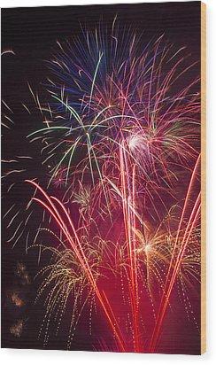 Endless Fireworks Wood Print by Garry Gay