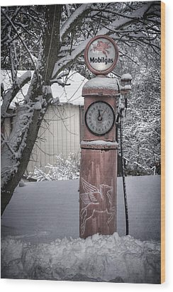 Energy Shortage Wood Print by Joan Carroll
