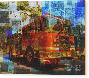 Engine 181 Wood Print by Robert Ball
