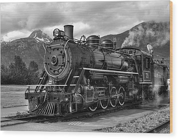 Wood Print featuring the photograph Engine 73 by Dawn Currie