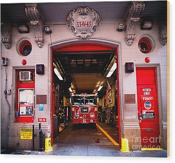Engine Company 65 Firehouse Midtown Manhattan Wood Print by Amy Cicconi