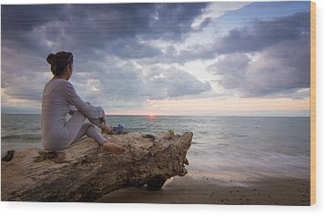 Enjoing The Sunset Wood Print by Aged Pixel