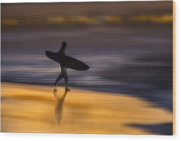 Wood Print featuring the photograph Enter The Surf  73a0146 by David Orias