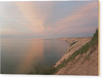 Evening Light On Grand Sable Banks Wood Print