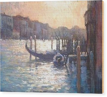 Evening Light On The Grand Canal Wood Print by Jackie Simmonds