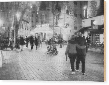 Evening Stroll In Paris Wood Print