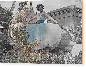 Ever Seen An Alice With A Blossom Like That Wood Print by Tracy  Tanner