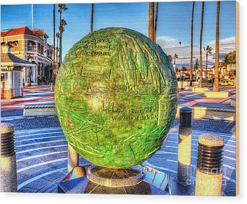 Wood Print featuring the photograph Everyone Is Welcome At The Beach by Jim Carrell