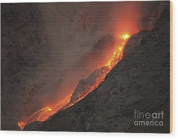 Extrusion Of Lava On Glowing Rockfalls Wood Print by Richard Roscoe