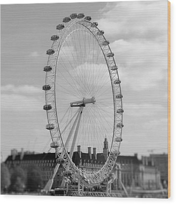 Eye Of London Wood Print by Gary Smith