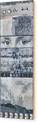 Eyes On Seven Wood Print by Carol Leigh