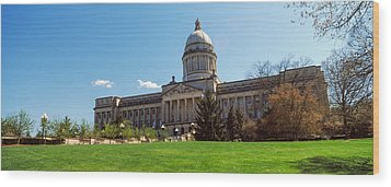Facade Of State Capitol Building Wood Print