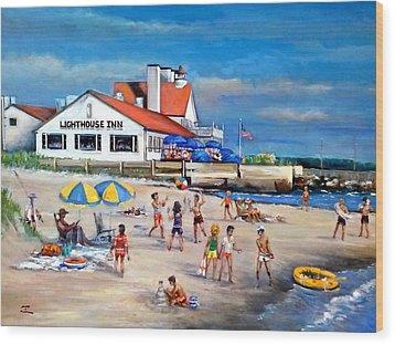 Fairchild Clan' Cape Cod Beach Wood Print