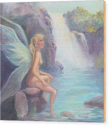 Fairy Of The Falls Morning Bath Wood Print by Gwen Carroll