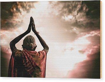 Faith And Prayers For Peace Wood Print by Nila Newsom