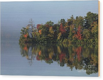 Fall At Heart Pond Wood Print by Kenny Glotfelty
