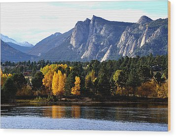 Fall At Lake Estes Wood Print by Tranquil Light  Photography