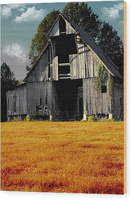 Fall Barn Wood Print by Kristie  Bonnewell