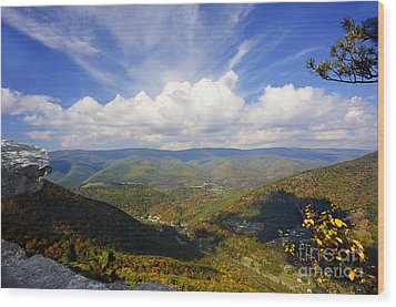 Fall Scene From North Fork Mountain Wood Print by Dan Friend