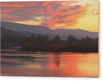 Wood Print featuring the photograph Fall Sunset by Lynn Hopwood