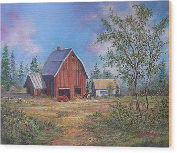 Family Farm  Wood Print by Gracia  Molloy
