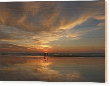 Family Reflections At Sunset - 2 Wood Print