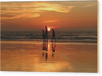 Family Reflections At Sunset - 1 Wood Print