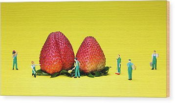 Farmers Working Around Strawberries Wood Print by Paul Ge