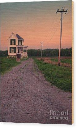 Farmhouse On Gravel Road Wood Print by Jill Battaglia