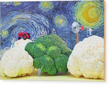 Farming On Broccoli And Cauliflower Under Starry Night Wood Print by Paul Ge